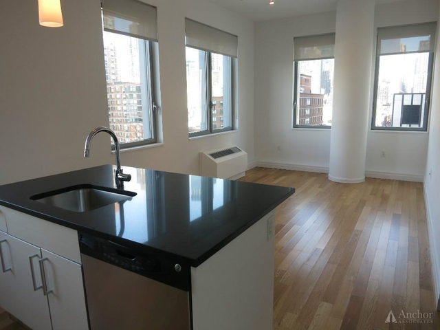 2 Bedrooms, Hell's Kitchen Rental in NYC for $4,760 - Photo 1