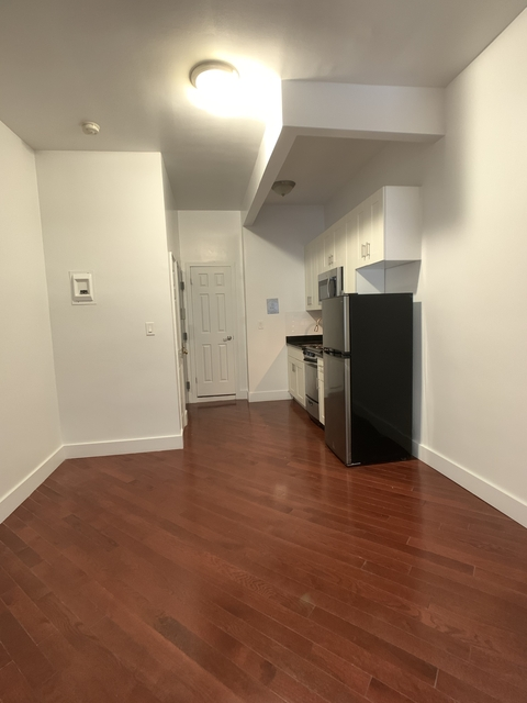 1 Bedroom, Civic Center Rental in NYC for $2,334 - Photo 2