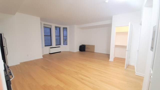 Studio, Financial District Rental in NYC for $1,987 - Photo 2