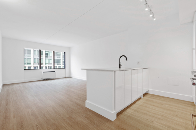 1 Bedroom, Chelsea Rental in NYC for $5,214 - Photo 1