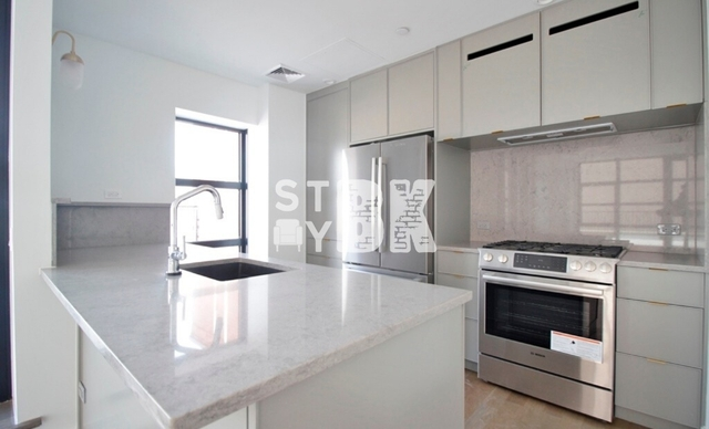 3 Bedrooms, Greenwood Heights Rental in NYC for $5,995 - Photo 2