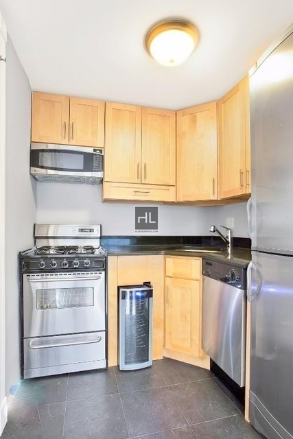 1 Bedroom, West Village Rental in NYC for $3,890 - Photo 2