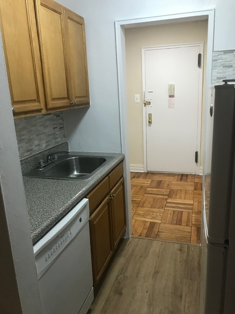 Studio, Rego Park Rental in NYC for $1,680 - Photo 1