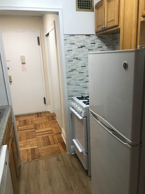 Studio, Rego Park Rental in NYC for $1,680 - Photo 2