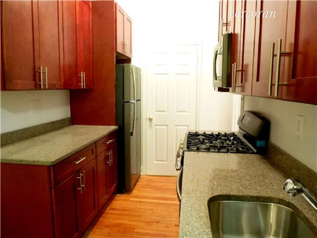 3 Bedrooms, Rose Hill Rental in NYC for $4,569 - Photo 2