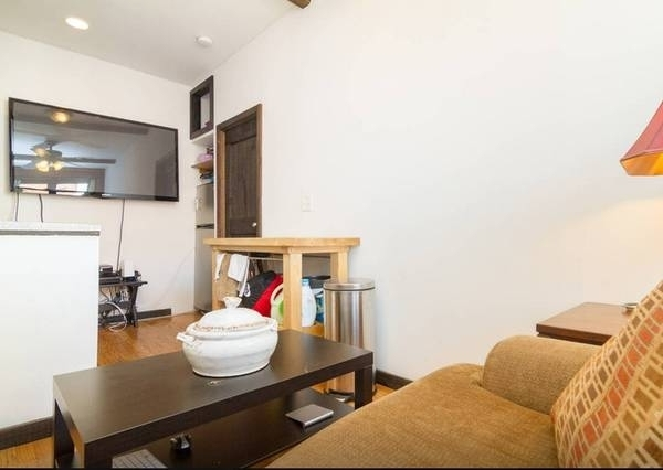 2 Bedrooms, East Village Rental in NYC for $3,450 - Photo 1