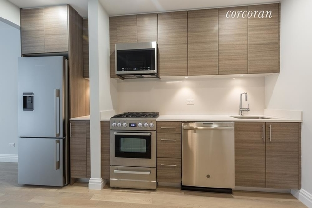Studio, Theater District Rental in NYC for $2,963 - Photo 2