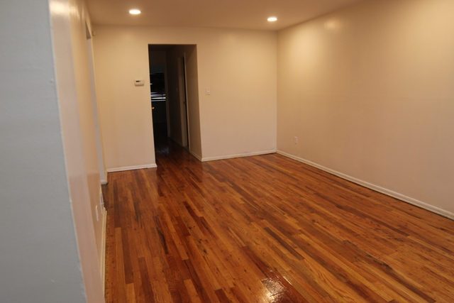 2 Bedrooms, Flatlands Rental in NYC for $1,895 - Photo 2