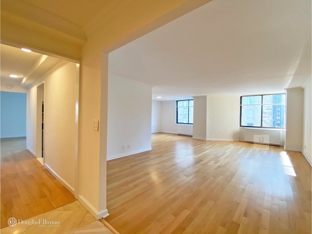 2 Bedrooms, Lenox Hill Rental in NYC for $11,500 - Photo 2