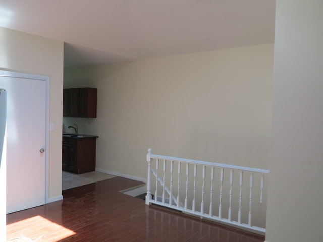 3 Bedrooms, Bushwick Rental in NYC for $2,300 - Photo 2