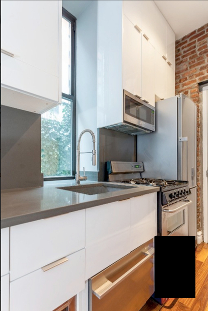 2 Bedrooms, Alphabet City Rental in NYC for $5,475 - Photo 2