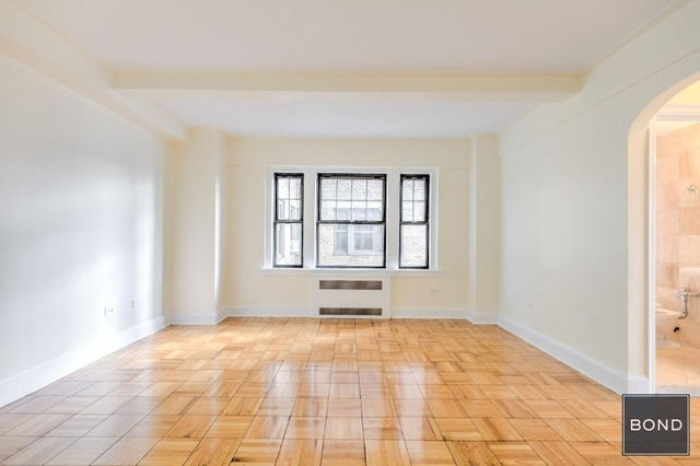 1 Bedroom, West Village Rental in NYC for $5,720 - Photo 2