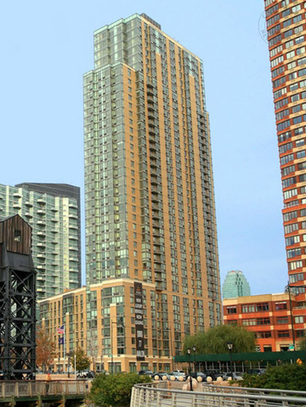 2 Bedrooms, Hunters Point Rental in NYC for $5,055 - Photo 1