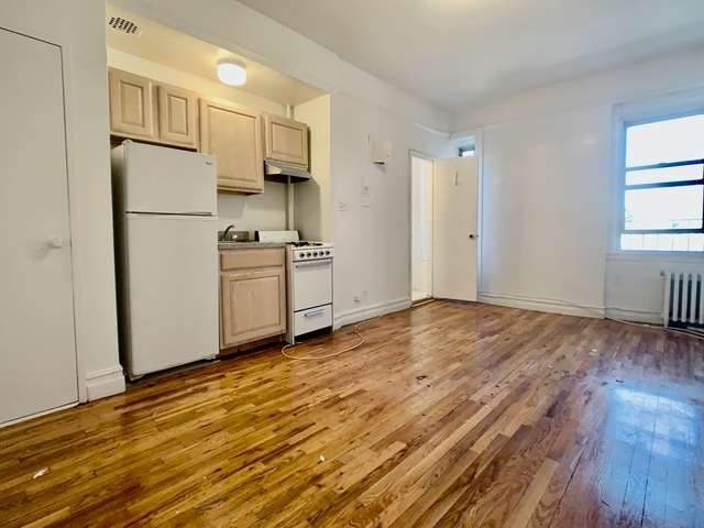 Studio, Upper West Side Rental in NYC for $1,795 - Photo 2