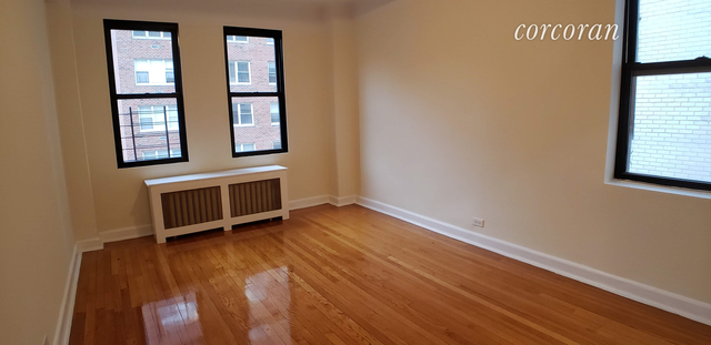 2 Bedrooms, Upper East Side Rental in NYC for $4,750 - Photo 2