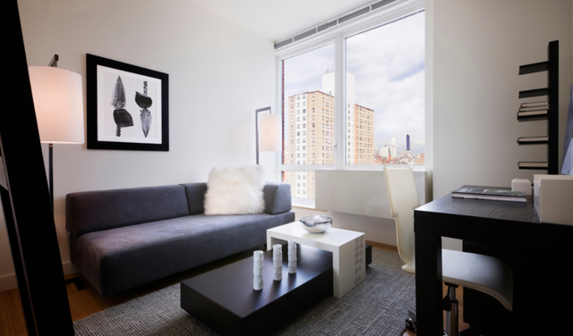 1 Bedroom, Chelsea Rental in NYC for $6,995 - Photo 2