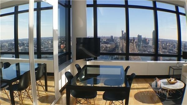 2 Bedrooms, Upper East Side Rental in NYC for $9,000 - Photo 2