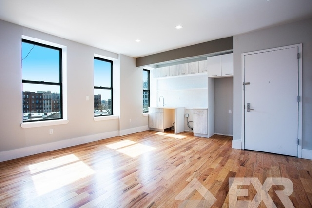 2 Bedrooms, Crown Heights Rental in NYC for $2,575 - Photo 2