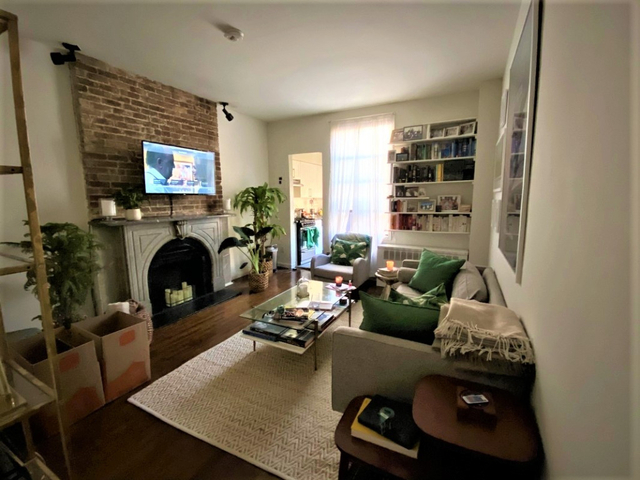 1 Bedroom, Gramercy Park Rental in NYC for $3,641 - Photo 2