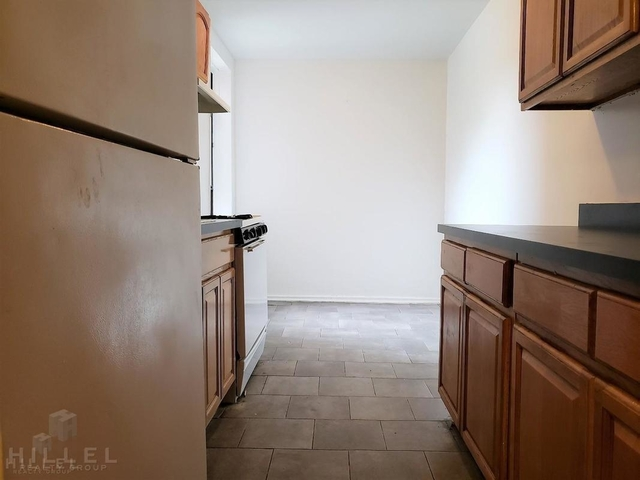 2 Bedrooms, Rego Park Rental in NYC for $2,213 - Photo 2