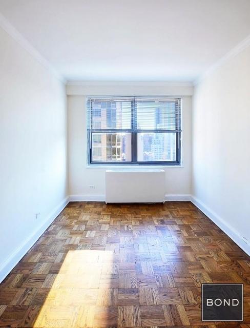 Studio, Yorkville Rental in NYC for $2,615 - Photo 2