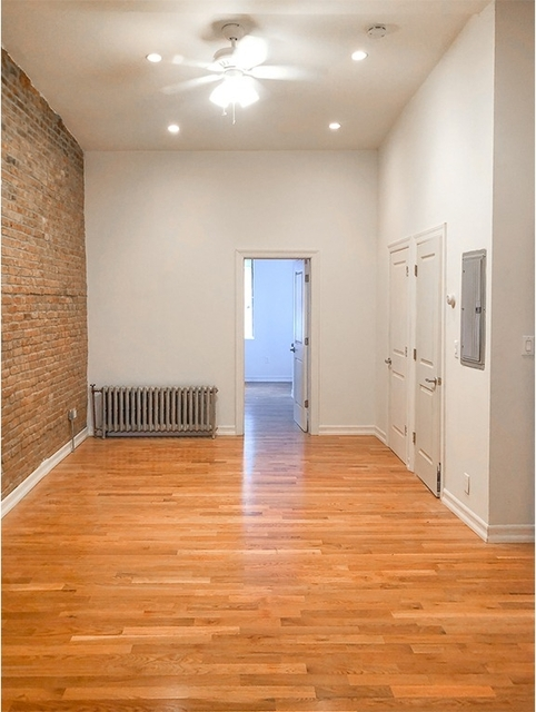 3 Bedrooms, Williamsburg Rental in NYC for $3,050 - Photo 1