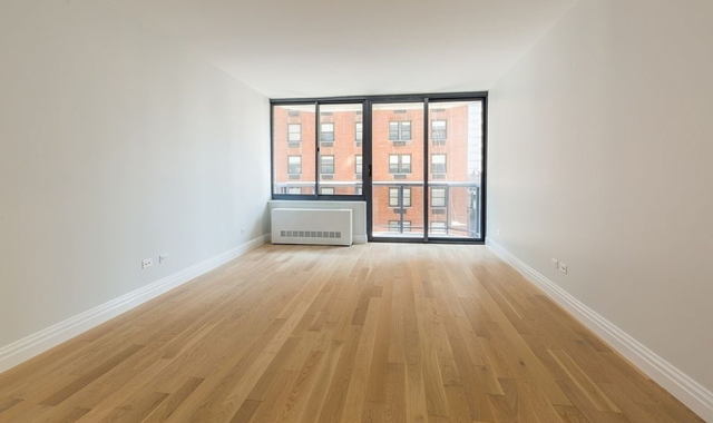 Studio, Theater District Rental in NYC for $3,210 - Photo 1