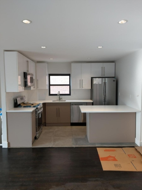 3 Bedrooms, Canarsie Rental in NYC for $2,600 - Photo 2