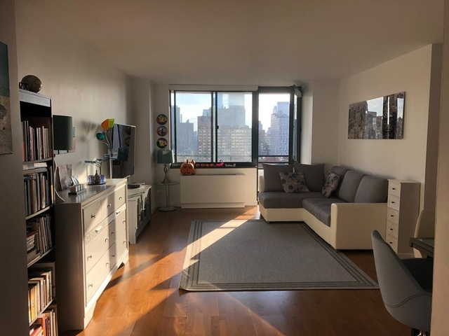 Studio, Lincoln Square Rental in NYC for $2,895 - Photo 1