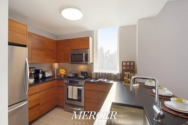 3 Bedrooms, Hell's Kitchen Rental in NYC for $6,875 - Photo 1