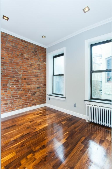2 Bedrooms, NoLita Rental in NYC for $5,295 - Photo 2