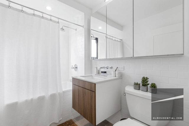 1 Bedroom, Chelsea Rental in NYC for $5,564 - Photo 2