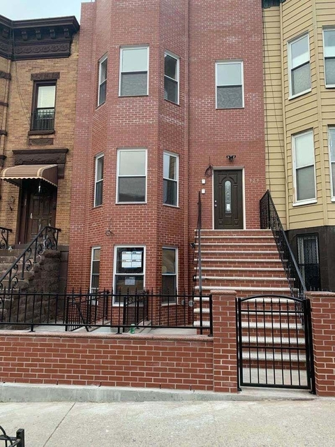 4 Bedrooms, Sunset Park Rental in NYC for $2,600 - Photo 1