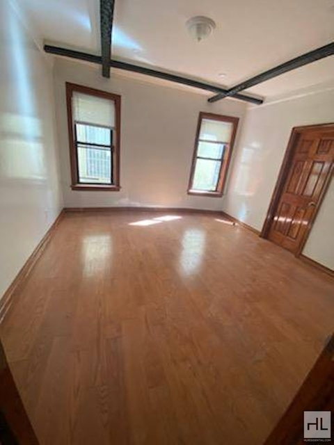 3 Bedrooms, Borough Park Rental in NYC for $3,000 - Photo 1