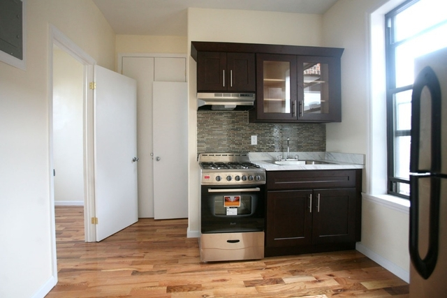 2 Bedrooms, Williamsburg Rental in NYC for $2,700 - Photo 1