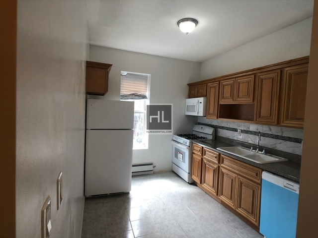 4 Bedrooms, Crown Heights Rental in NYC for $3,300 - Photo 2