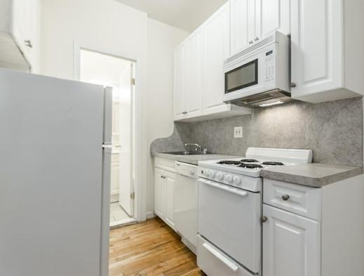Studio, Manhattan Valley Rental in NYC for $1,895 - Photo 2