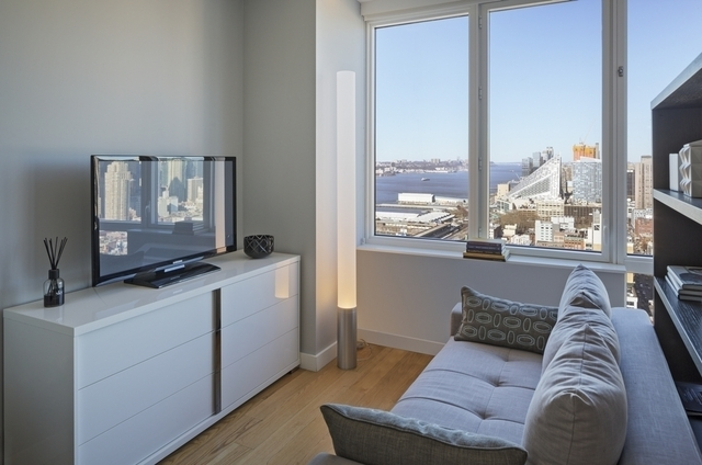 1 Bedroom, Hell's Kitchen Rental in NYC for $3,323 - Photo 1