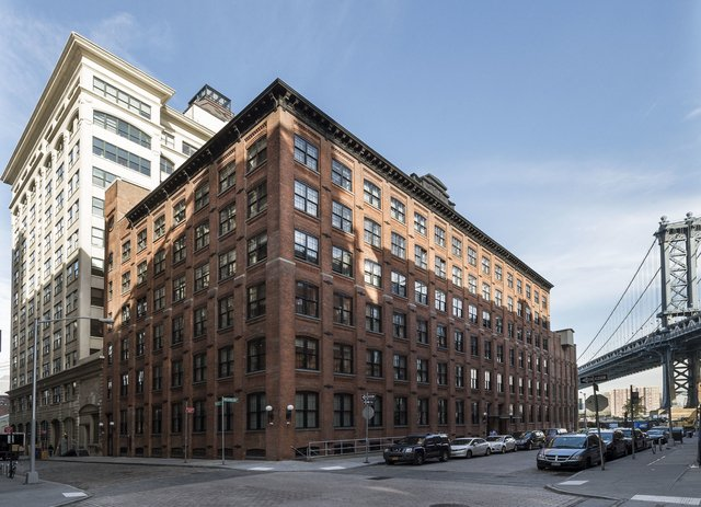 2 Bedrooms, DUMBO Rental in NYC for $4,975 - Photo 2