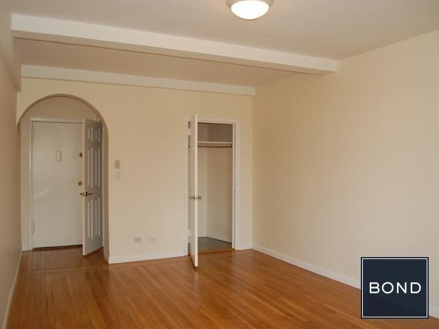 Studio, Manhattan Valley Rental in NYC for $2,385 - Photo 2