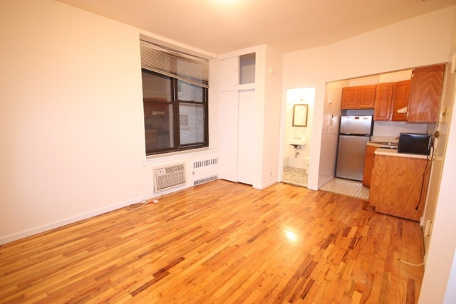 Studio, Lincoln Square Rental in NYC for $2,095 - Photo 2