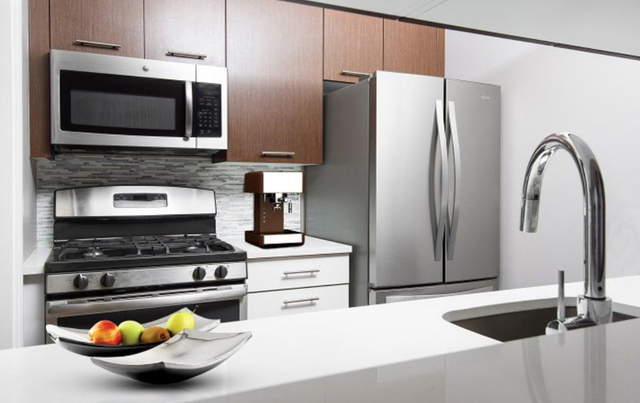 2 Bedrooms, East Harlem Rental in NYC for $5,077 - Photo 2