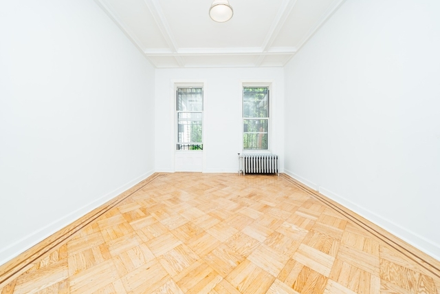 3 Bedrooms, Bushwick Rental in NYC for $4,999 - Photo 2