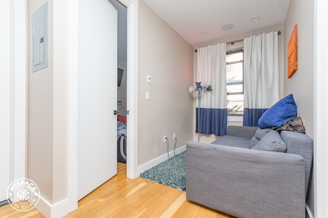 2 Bedrooms, Greenpoint Rental in NYC for $2,899 - Photo 2