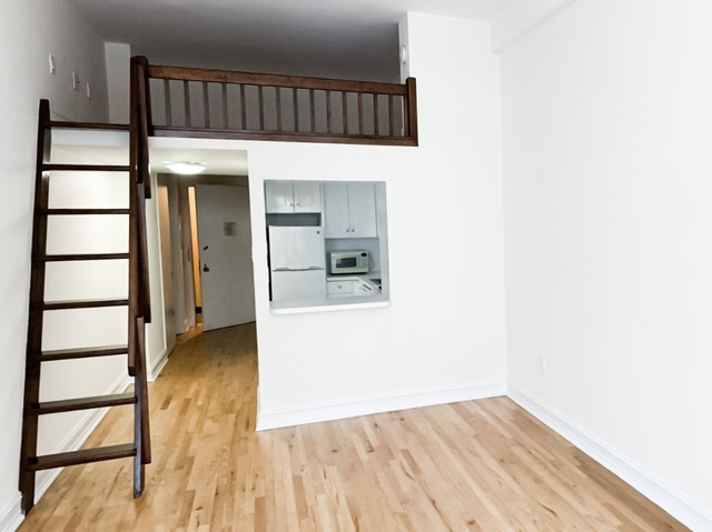 Studio, NoHo Rental in NYC for $2,720 - Photo 2