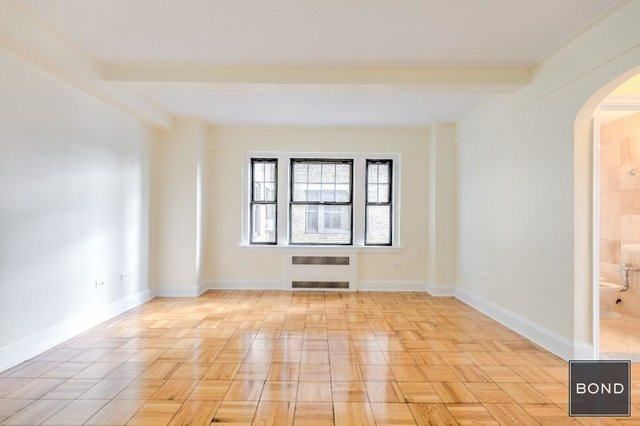 1 Bedroom, West Village Rental in NYC for $5,450 - Photo 2