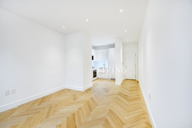 1 Bedroom, South Slope Rental in NYC for $2,486 - Photo 2