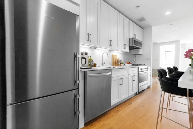 4 Bedrooms, East Village Rental in NYC for $6,225 - Photo 2
