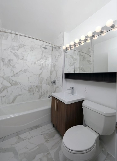 Studio, Financial District Rental in NYC for $2,829 - Photo 2