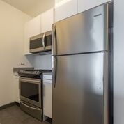 1 Bedroom, Hell's Kitchen Rental in NYC for $4,098 - Photo 2